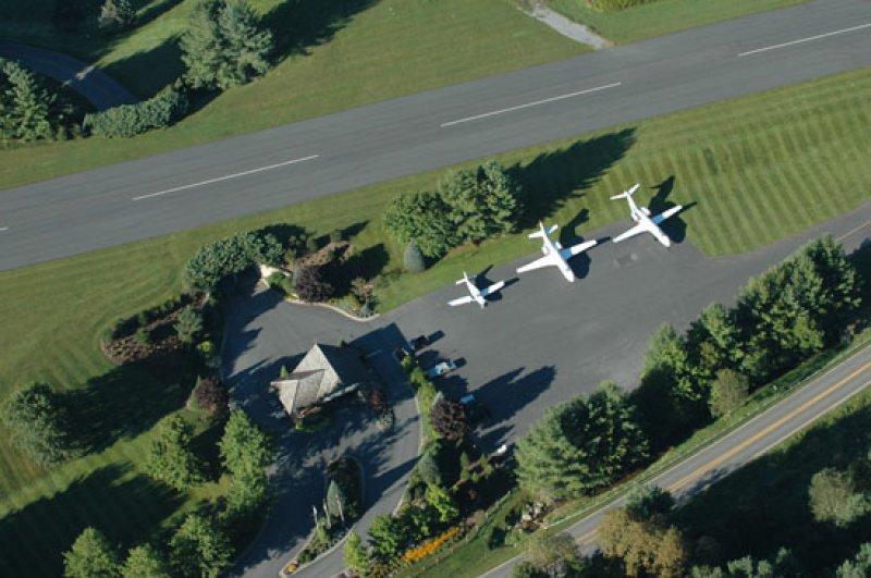jetport at elk river, fly in community in banner elk nc